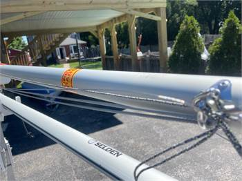 Brand New SuperSpars M7 i420 Mast For Sale