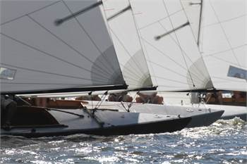 Fleet of six, 30 ',   International 210s